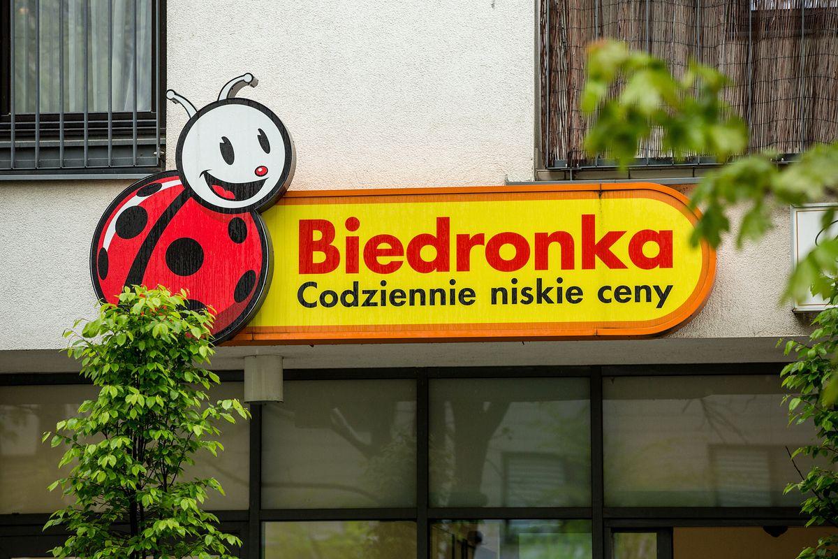 Zakaz handlu w niedziele. Czy Biedronka otworzy sklepy w niedzielę 15 sierpnia?