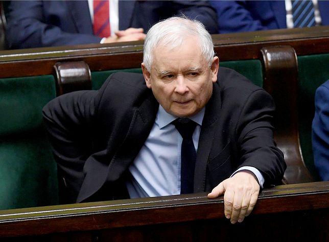 Jarosław Kaczyński domagał się dekomunizacji związku łowieckiego, ale rząd okazał się nieskuteczny