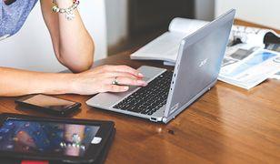 Freelancer to osoba najczęściej pracująca w domu