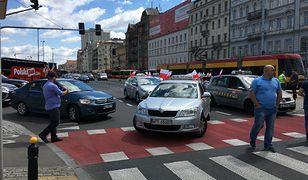 Protest taksówkarzy na ulicach Warszawy