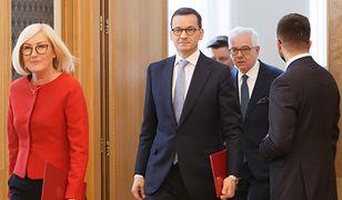 Sędzia Wojciech Łączewski chce, by premier Mateusz Morawiecki wytłumaczył się ze słów rzeczniczki rządu Joanny Kopcińskiej.