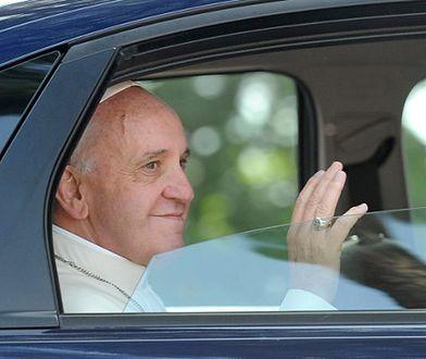 Watykańscy dostojnicy zmieniają auta na skromniejsze