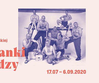 """Warszawa. Wystawa fotografii """"Koleżanki i koledzy"""" w Muzeum Warszawskiej Pragi"""