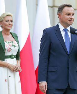Agata Duda dziękowała Polonii. Wybrała kreację w swoim stylu