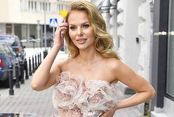 Paulina Sykut-Jeżyna w koronkowym topie. Odważna stylizacja