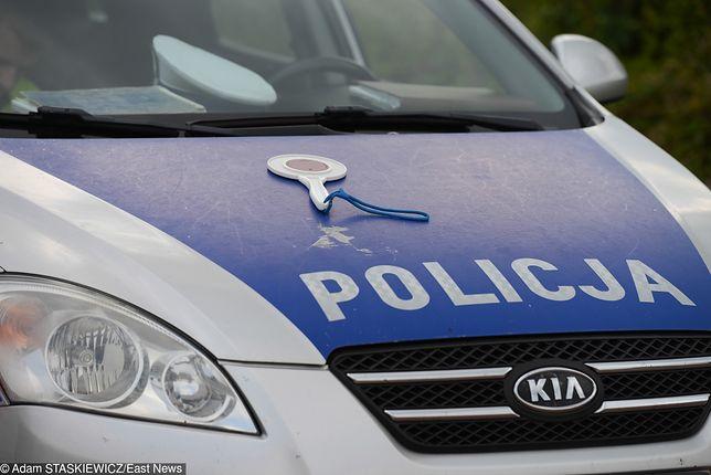 Tragiczny wypadek w Gdyni. Auto uderzyło w słup, zginęły trzy osoby