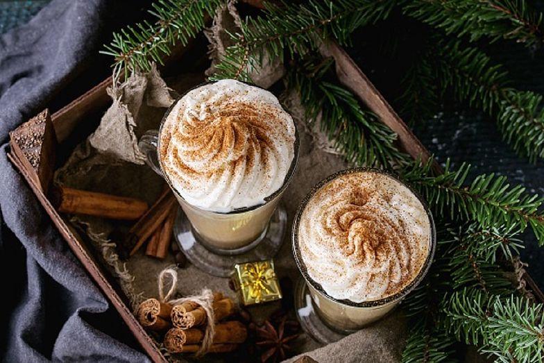 Pumpkin spice latte. Kultowa kawa! Jak przyrządzić? Przepis