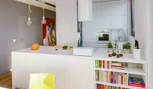 Pomysł na nowoczesne mieszkanie: kolor i obrazy