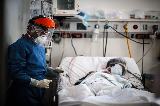 Pandemia koronawirusa cały czas trwa