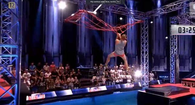 "Mateusz Skrodzki w finale ""Ninja Warrior Polska""."