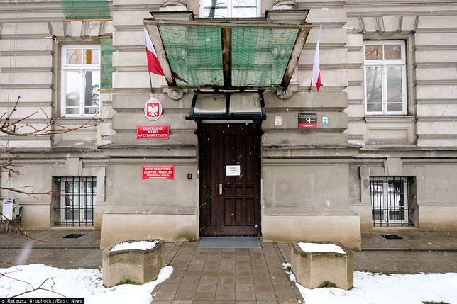 Kasjerka CBA z zarzutami defraudacji milionów złotych. To przez hazard?