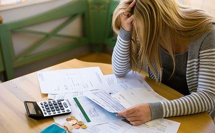 Spirala zadłużenia. Czym jest i jakie może mieć konsekwencje?