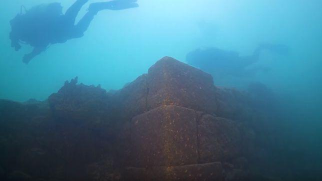 Starożytne miasto odnalezione na dnie największego jeziora w Turcji