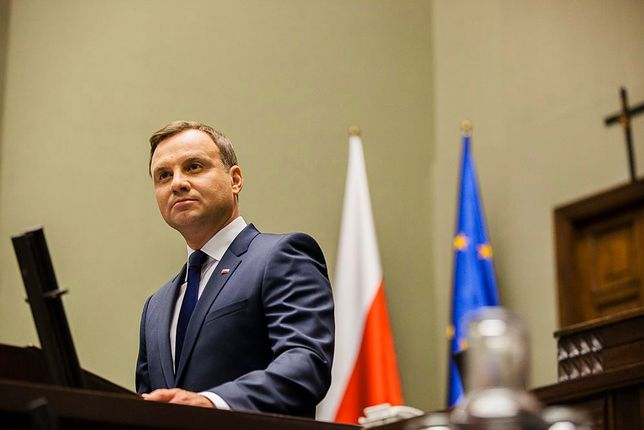 Prezydent Andrzej Duda będzie konsultował się z przedstawicielami klubów parlamentarnych.
