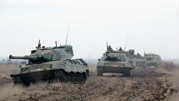 Tureckie czołgi podczas ćwiczeń
