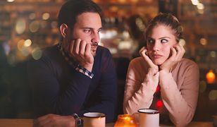 Jeśli chcesz czuć się na randce bardziej komfortowo, zapłać połowę rachunku.