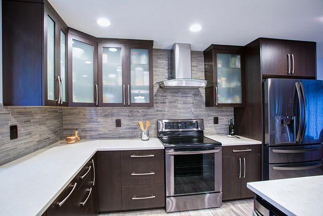 Fronty do szafek kuchennych powinny być wykonane z trwałych materiałów odpornych na uszkodzenia