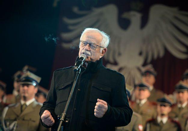 """Fundacja Jana Pietrzaka """"Towarzystwo Patriotyczne"""" dostała pół miliona złotych dotacji"""