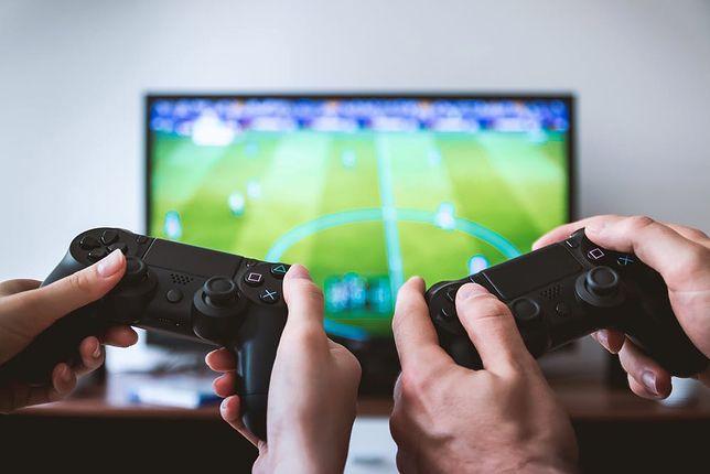 Gry na PC, Xbox i PS4 taniej do 75%. Gry do 100 zł i darmowe gry do zgarnięcia