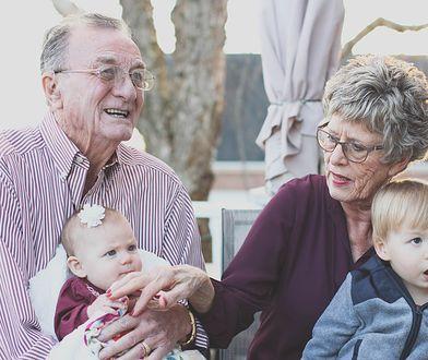 Dzień Babci i Dziadka 2021. Te życzenia sprawią, że na twarzach dziadków pojawi się uśmiech
