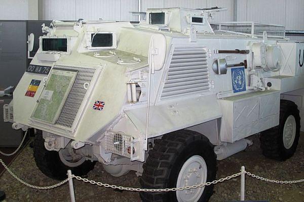 Angielski generał: brytyjskie transportery dla Ukrainy to szmelc