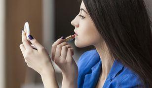 Makijaż dla brunetki w wersji dziennej powinien delikatnie podkreślać atuty urody
