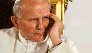 """""""Śledztwo"""" ws. papieża. Nie takiego filmu się spodziewaliśmy"""