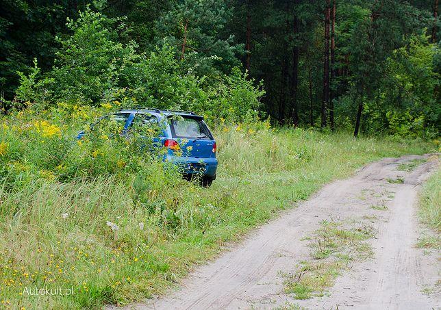 Oprawców odnaleziono na jednym z parkingów leśnych w powiecie kościerskim