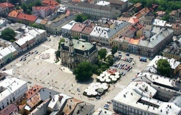 Nowy Sącz najlepiej zarządzanym średnim miastem w Polsce? Mieszkańcy wątpią