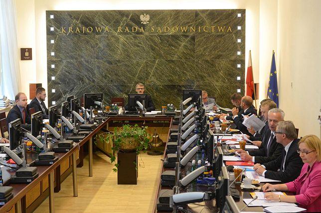 Krajowa Rada Sądownictwa wybiera kandydatów na sędziów SN, których zarekomenduje prezydentowi