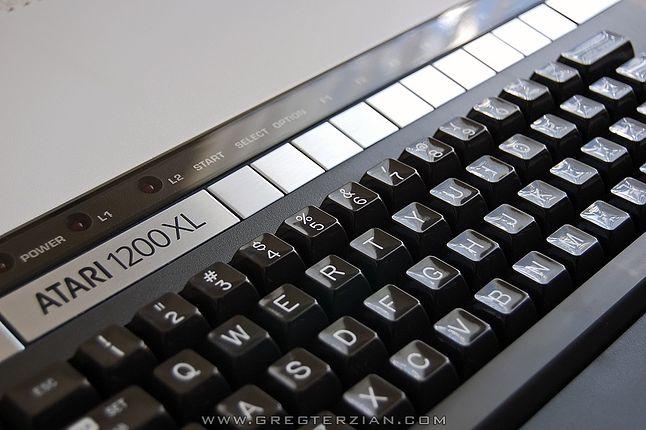 Klawiatura Atari 1200XL uznawana była za najlepszą w historii firmy Atari.