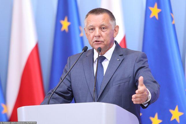 Marian Banaś zaskoczył PiS. W tle walka służb