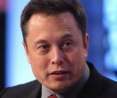 SpaceX kupił dwie ogromne platformy wiertnicze. Elon Musk ma pomysł na ich użycie