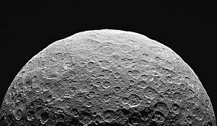 Kolonizacja Marsa? Ekspert wskazuje inny kierunek i podaje datę budowy osady w kosmosie