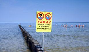 Sinice opanowały Bałtyk. Zakaz kąpieli na 17 plażach