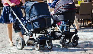 Stypendia socjalne blokują świadczenia rodzinne. Rzecznik praw dziecka interweniuje u Elżbiety Rafalskiej