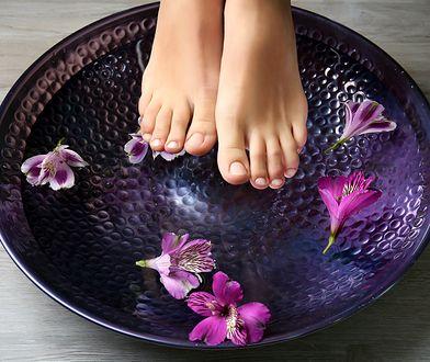 W kilka chwil twoje stopy będą wyglądały idealnie