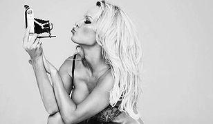 Pamela Anderson w gorącej urodzinowej sesji. Wygląda na 50 lat?