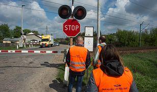 Kłótnia o przejazd na Targówku. Mieszkańcy apelują do kolejarzy