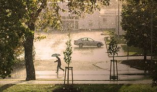 Dziś burze, grad, a nawet trąby powietrzne. Gdzie jest burza? Ostrzeżenia IMGW