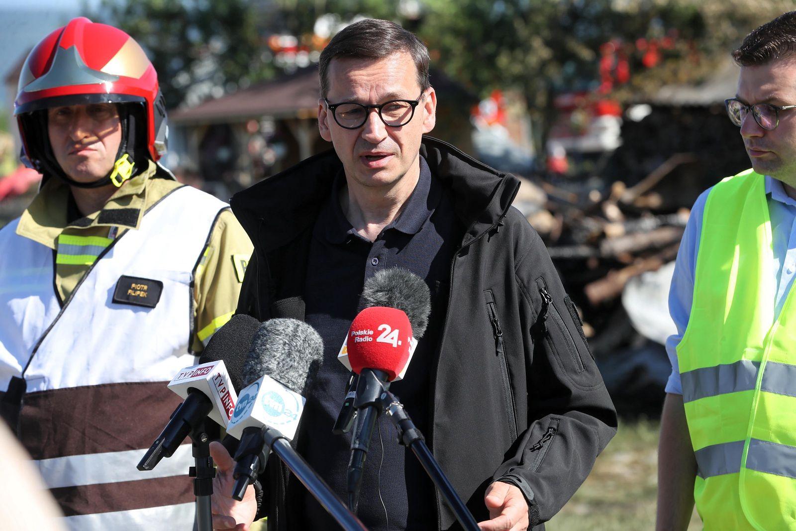 Pożar w Nowej Białej. Morawiecki: nie zostawimy was samych