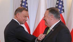 15 sierpnia. Mike Pompeo podpisał umowę o wzmocnionej współpracy obronnej. Do Polski trafi więcej żołnierzy USA