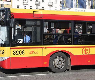 Kierowca wyrzucił z autobusu matkę z dzieckiem