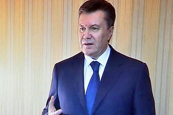 """Wiktor Janukowycz przerywa milczenie. """"To zamach stanu"""""""