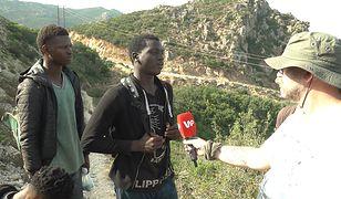 Imigranci z Afryki w drodze do Ceuty