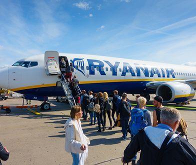 Ryanair znów rozczarowuje. Tym razem uderza w rodziny i obsługę pokładową