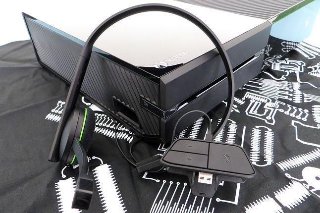 Xbox One z headsetem