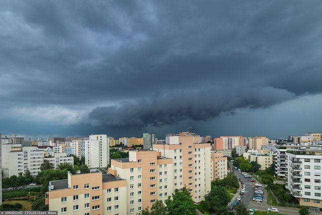 Burza. Nad Warszawę nadciąga silna burza [zdj. ilustracyjne]