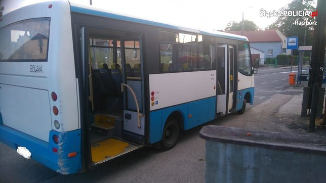 Śląskie. Pijany kierowca autobusu wiózł dzieci ze szkoły