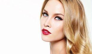 Dobieramy szminkę do typu karnacji. Znasz te triki?